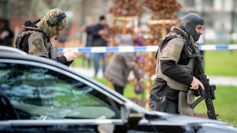 Полиция Чехии опубликовала фото предполагаемого стрелка в больнице