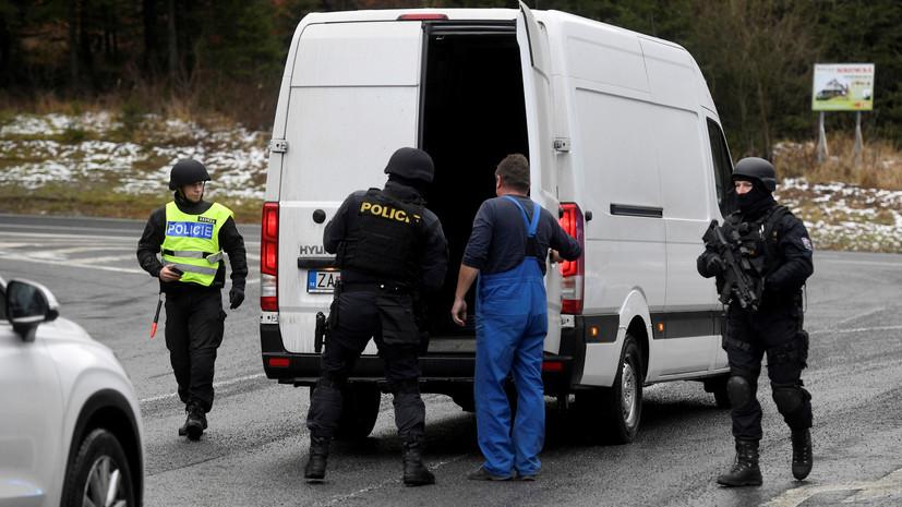 Полиция: стрелок из чешской больницы покончил с собой