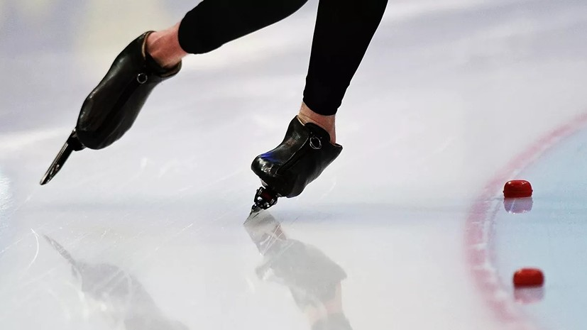 Россияне выиграли командную гонку на этапе КМ по конькобежному спорту в Нагано