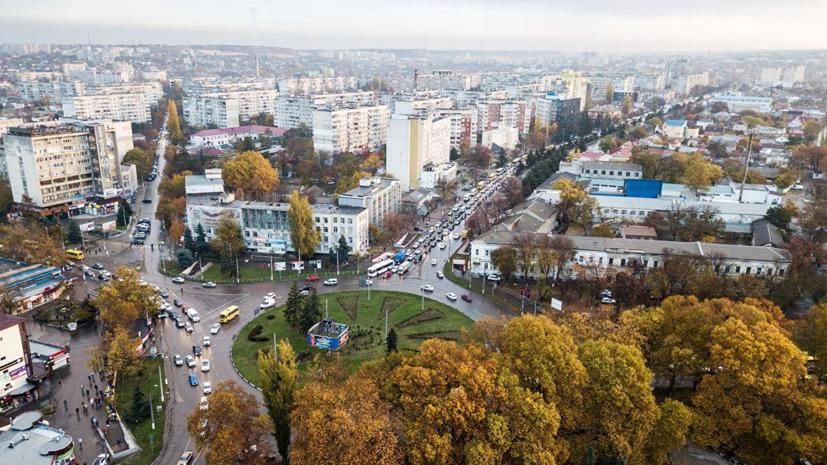 В Симферополе двум улицам могут присвоить имена Лужкова и Захарченко