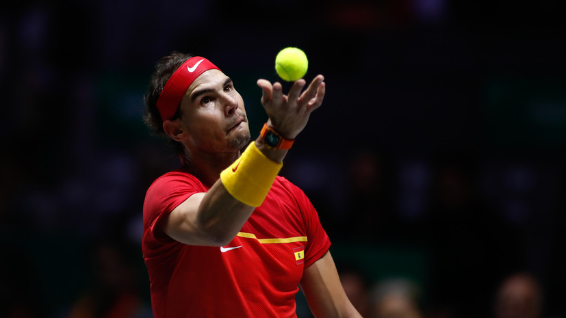 Надаль одержал победу над Циципасом в финале турнира в Абу-Даби