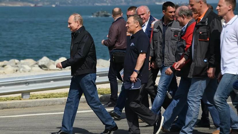 Путин проедет в поезде по Крымскому мосту