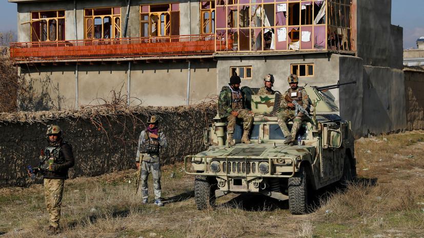 Семь солдат армии Афганистана погибли при атаке боевиков на севере страны