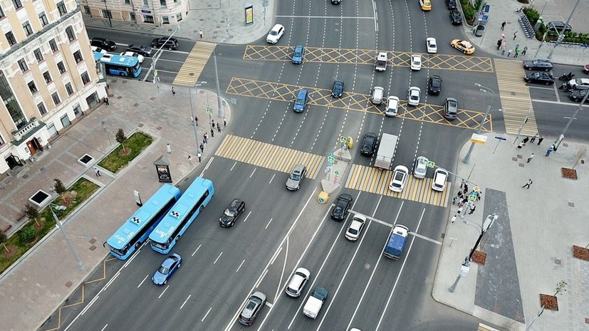 Эксперт прокомментировал ограничение количества рабочих часов водителей автобусов и фур