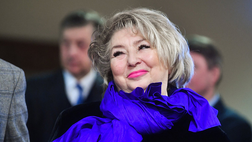 Тарасова прибыла в Красноярск на ЧР по фигурному катанию