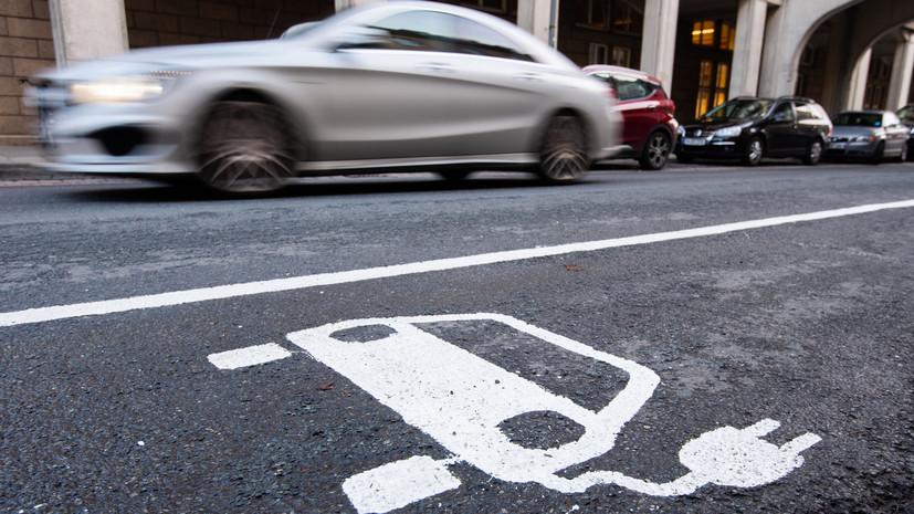 Британские дипломаты во всём мире пересядут на электромобили