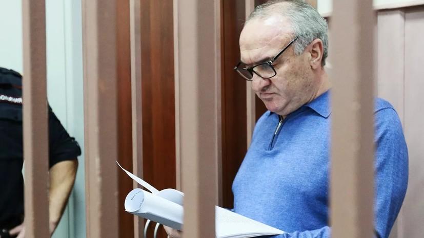 В отношении Рауля Арашукова возбудили ещё три уголовных дела