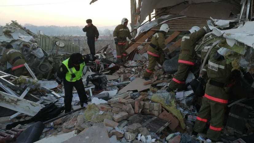 В авиакатастрофе в Казахстане выжили 60 человек