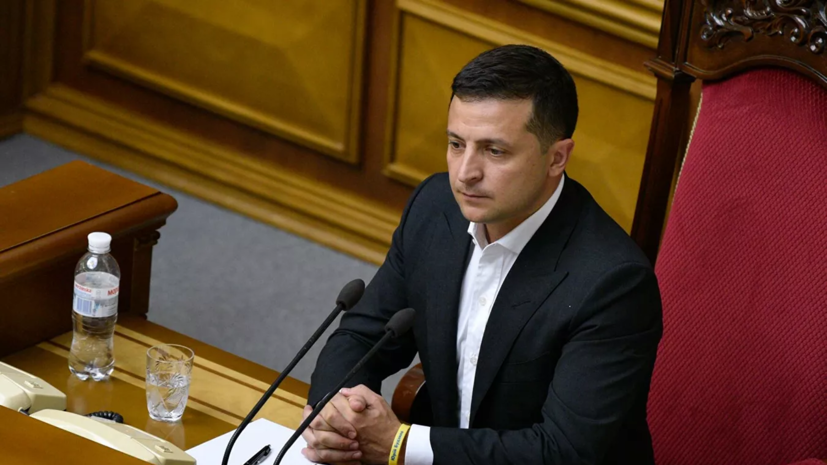 Зеленский внёс на замену законопроект о децентрализации власти