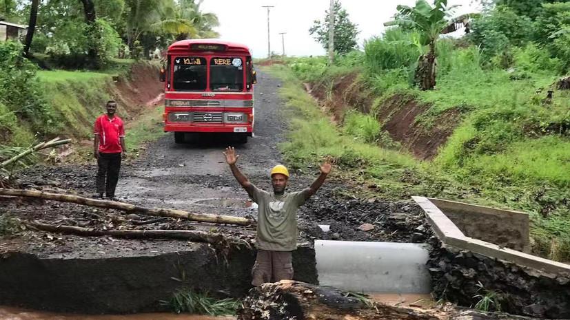 Один человек погиб из-за циклона на Фиджи