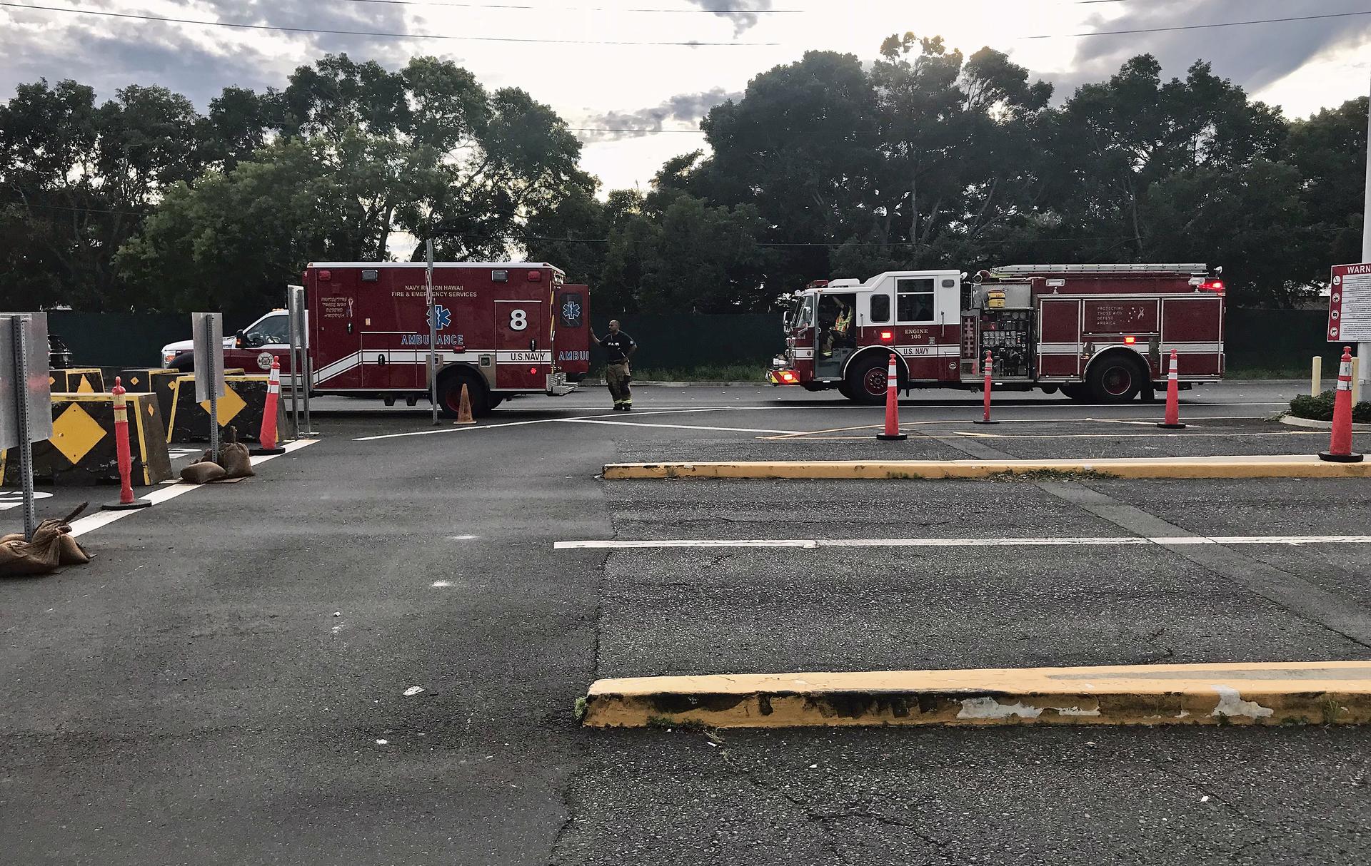 Четверо погибших, включая нападавшего: что известно о стрельбе на авиационной базе ВМС США во Флориде
