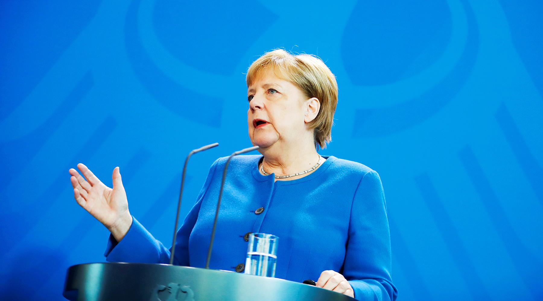 «ФРГ могла проявить больше воли»: почему оппозиция обвинила Меркель в «капитуляции» по вопросу «Северного потока — 2»
