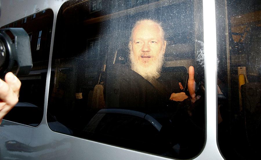 Дело о шпионаже за Джулианом: адвокат допустил отказ Британии от экстрадиции Ассанжа в США из-за слежки