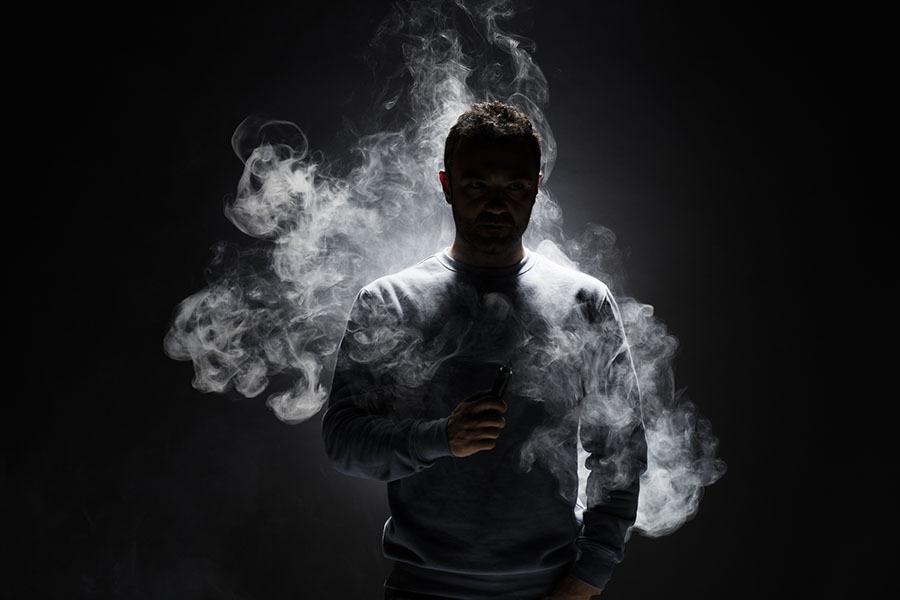 «Необратимое повреждение лёгких»: американский хирург — о вреде вейпинга и связанных с ним заболеваниях
