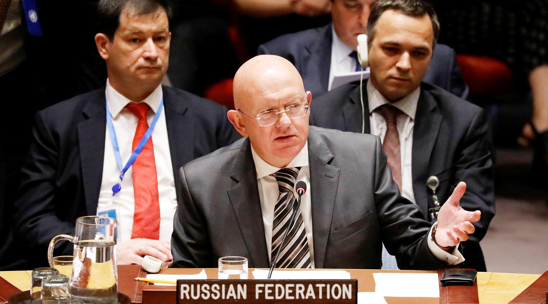 Борьба резолюций: почему США обвинили Россию и Китай в срыве гуманитарного снабжения Сирии