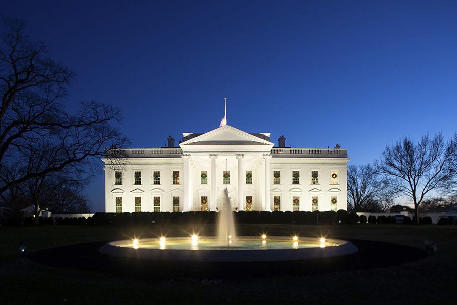В интересах импичмента: как демократы ищут новые обвинения против Трампа