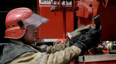 Открытое горение на складе в Петрозаводске ликвидировано