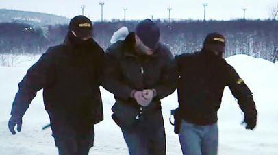 Планировал взрыв в Мурманске: ФСБ задержала готовившего теракт сторонника «Правого сектора»