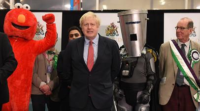 Премьер-министр Великобритании Борис Джонсон во время оглашения результатов выборов
