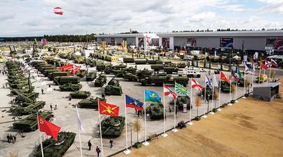 Экспозиция военно-технического форума «Армия-2019»