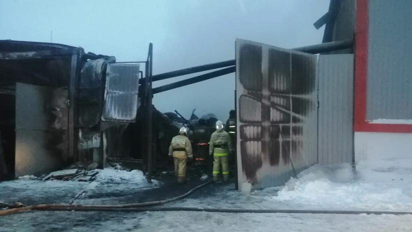 Пожар в ангаре в Свердловской области ликвидирован