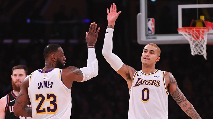 Трипл-дабл Джеймса помог «Лейкерс» обыграть «Финикс» в НБА