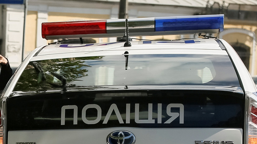 На Украине мужчина бросил гранату во двор знакомых