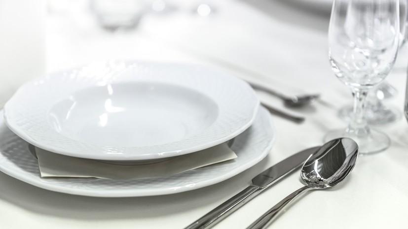 Роспотребнадзор рассказал об опасных блюдах в ресторане
