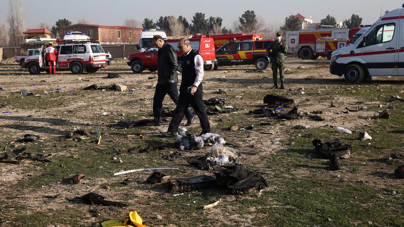Зеленский поручил возбудить дело в связи с крушением самолёта в Иране