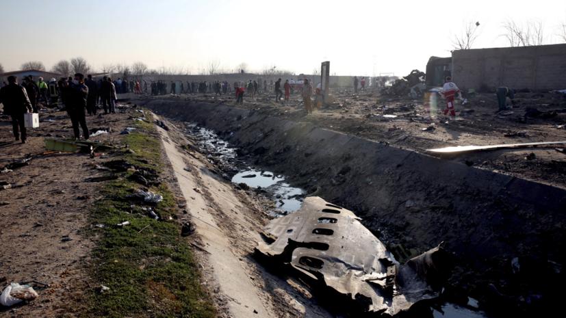 Зеленский призвал Канаду помочь в расследовании авиакатастрофы в Иране