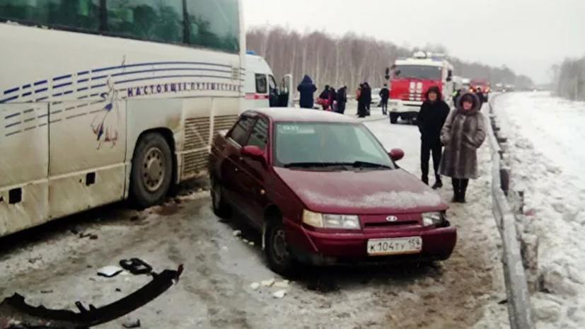 Число пострадавших в ДТП с автобусом в Пермском крае достигло 12