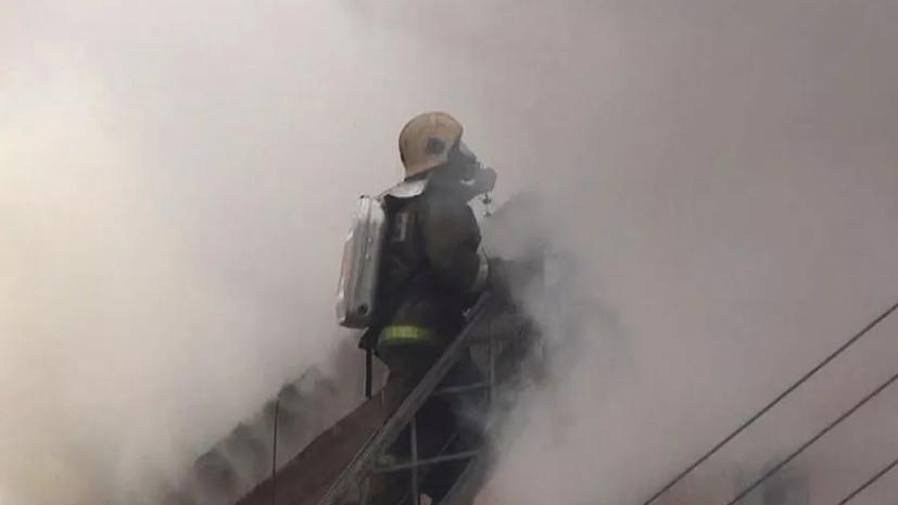 Открытое горение в ангаре с металлом в Подмосковье ликвидировано