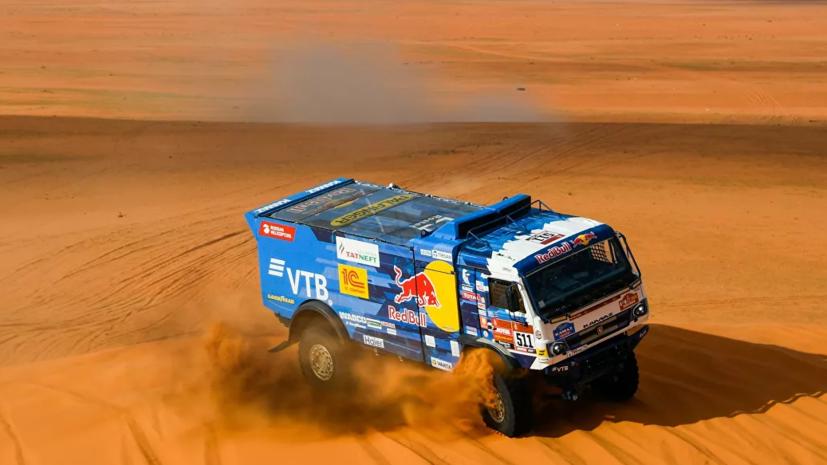 Экипаж Каргинова победил на восьмом этапе ралли-рейда «Дакар»