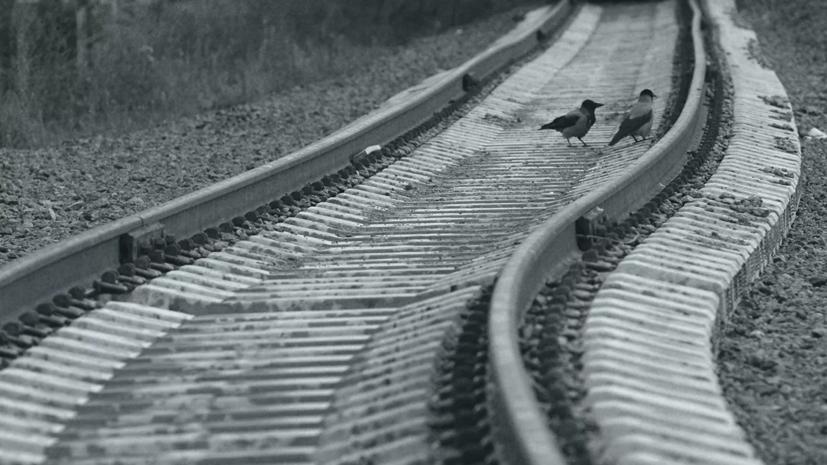 В Краснодарском крае два вагона со спецгрузом сошли с рельсов