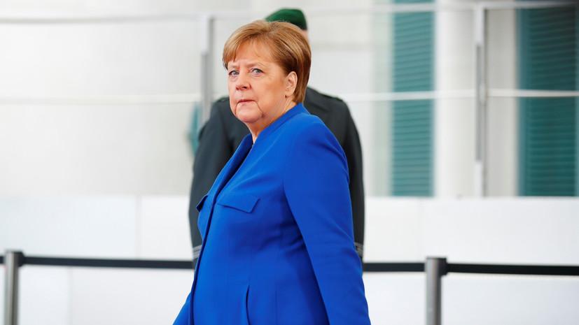 Меркель и Маас провели встречи с Сарраджем и Хафтаром