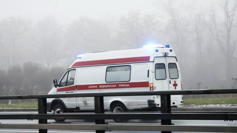 В Кемеровской области на трассе опрокинулся автобус