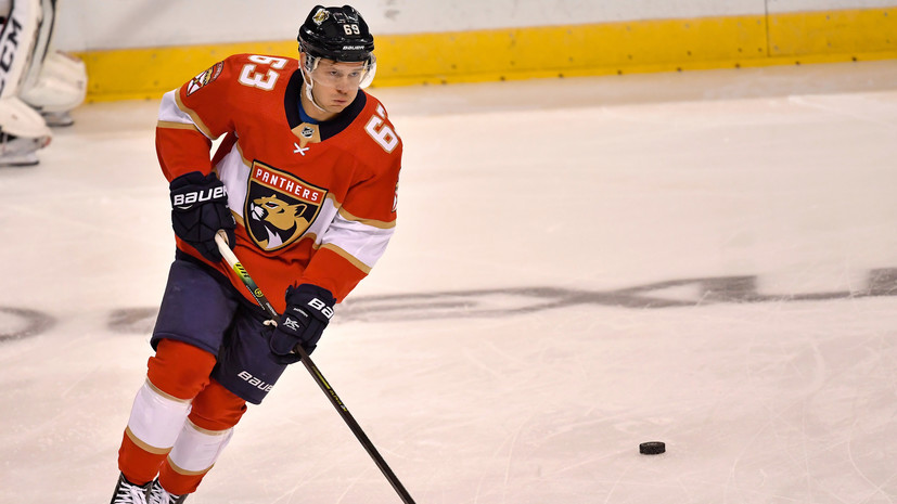 Гол Дадонова и 32 сейва Бобровского помогли «Флориде» одержать шестую победу подряд в НХЛ