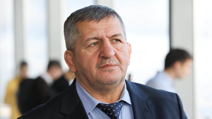 Отец Нурмагомедова обвинил Макгрегора в фиксированном результате боя с Серроне