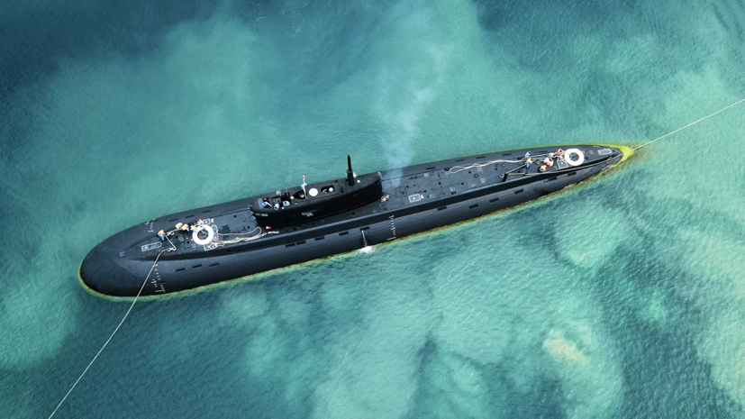 Подлодка «Колпино» Черноморского флота провела учения по борьбе за живучесть