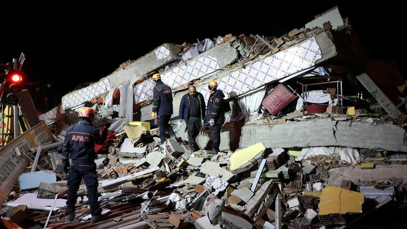 В результате землетрясения в Турции пострадали более 1000 человек