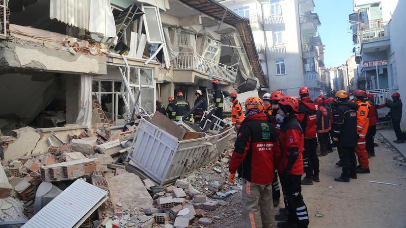 Путин выразил соболезнования семьям жертв землетрясения в Турции