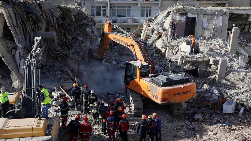 В Турции число жертв землетрясения превысило 40