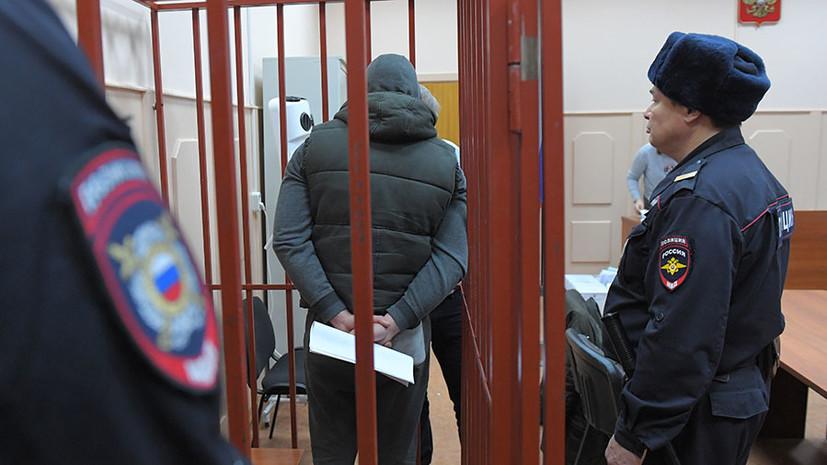 «Входили в состав преступной группы»: суд арестовал пятерых бывших полицейских по делу Голунова