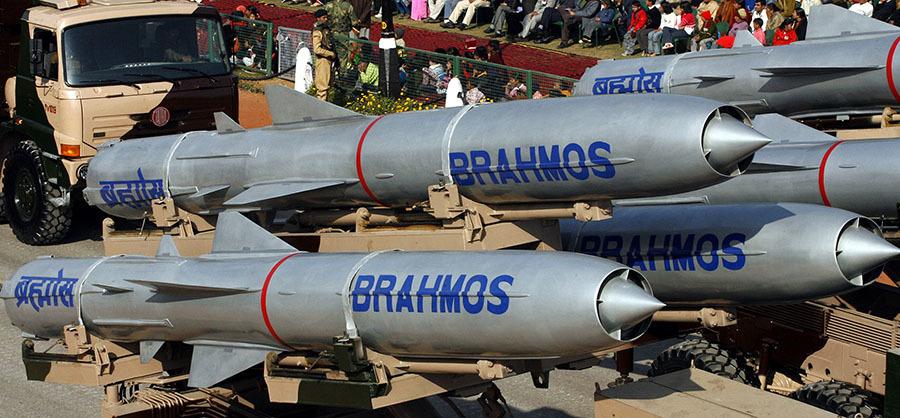 «Сотрудничество только укрепляется»: Индия поставила на вооружение первую эскадрилью Су-30МКИ со сверхзвуковыми ракетами