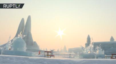 «Путешествие на Марс»: благовещенские пожарные победили на конкурсе ледовых скульптур в Харбине