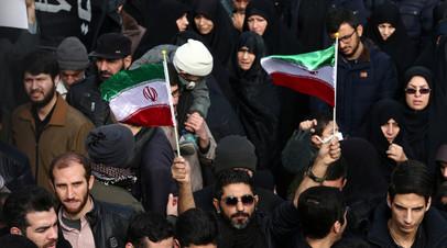 МИД Ирана обвинил посла Британии во вмешательстве в дела страны