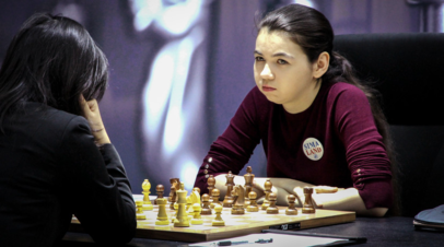 Горячкина проиграла Вэньцзюнь в матче за шахматную корону