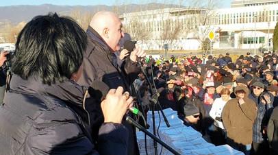 «Сеть влияния создавалась годами»: сможет ли «Альянс патриотов Грузии» добиться закрытия в стране американских НКО