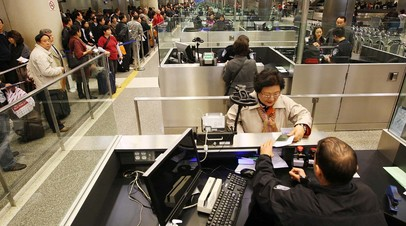 Таможенный контроль в международном аэропорту Лос-Анджелеса