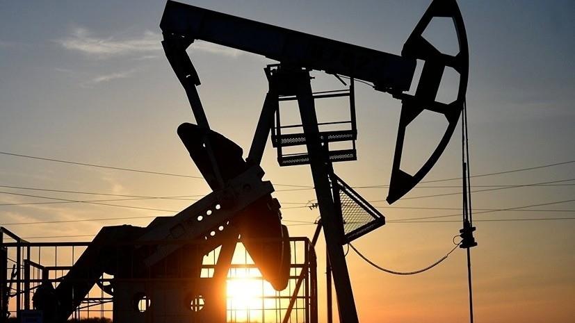Цена нефти марки Brent опустилась ниже $55 впервые с января 2019 года